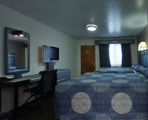 Double Queen Bedded Room Picture #3